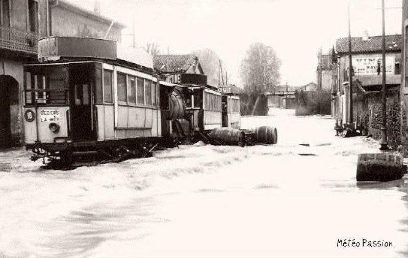 bas-quartiers de Béziers inondés par la crue de l'Orb en 1907
