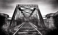 Old Red Iron Bridge, Waterford, Ireland (2c..) Tags: ireland bw abandoned river industrial bridges railway best railways waterford 2c 50v5f irishrailways abandonedrailways irishtrains 72dpipreview lowresolutionpreview