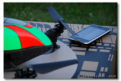iPod Touch/iPhone 3G/3GS/4 required ! (Laurent CLUZEL) Tags: apple nikon parrot 3g d200 rc iphone 1870 drone ardrone