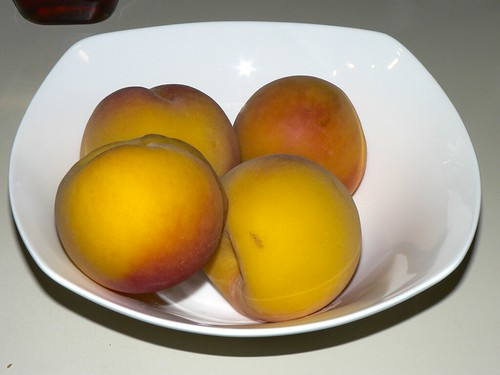 02_blanchedPeaches