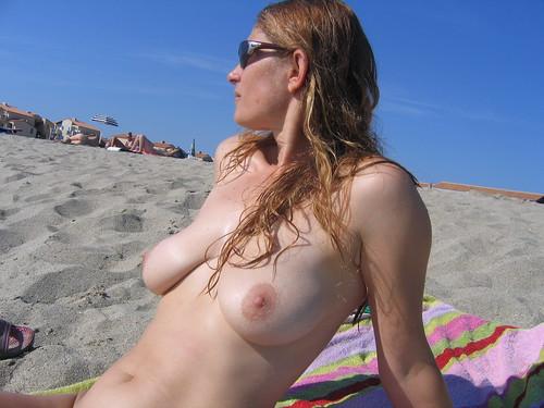 nude topless beach big voyeur pics: sunbathing, nudebeach, sexy, topless