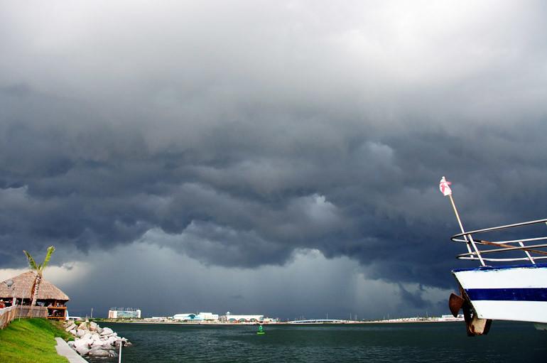 web_stormportcanaveral_floridaflag_0021_2892