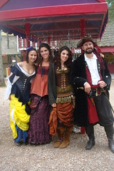 Three beautiful merchants. (Lord Gregor) Tags: festival costume outfit pirates fair medieval pirate faire carver renfaire renaissancefestival renaissance renaissancefaire renfest kingrichardsfaire garb pyrate krf krf91110