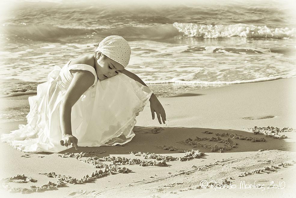 ...y escribí mi nombre en la arena.