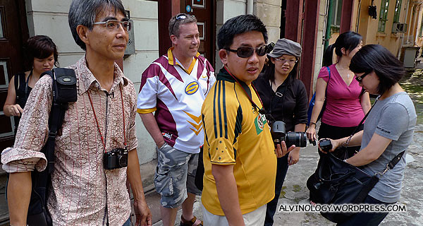 The guy on the extreme left in spectacles is our heritage guide, Leon Suen