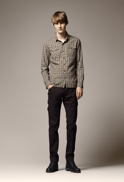 Aaron Wrigley0002_Burberry Blue Label