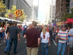 Crowd walking down street (Coasterville) Tags: oktoberfest zinzinnati