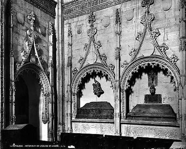 Sepulcros góticos de Alonso Cáceres y Mariana de Rojas en la Iglesia de San Andrés en Toledo hacia 1880. Fotografia de Levy