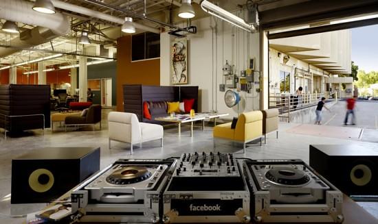 10-facebook-dj-place