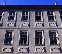 2x4 (:Linda:) Tags: house window germany four town decoration garland thuringia vier 2x4 rococo rokoko girlande hildburghausen