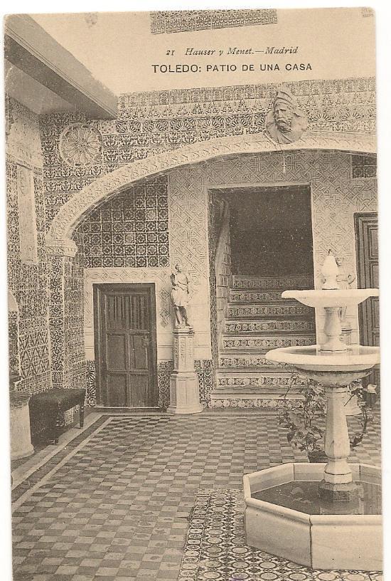Patio toledano hacia 1900. Foto Hauser y Menet
