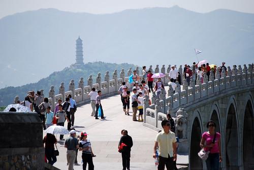 t4 - 17-Arch Bridge and Yuquan Pagoda