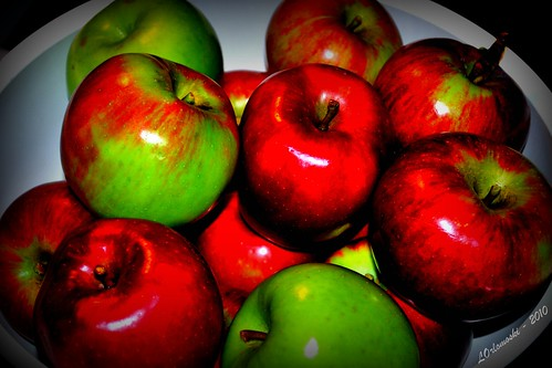 A Bowlful of Apples