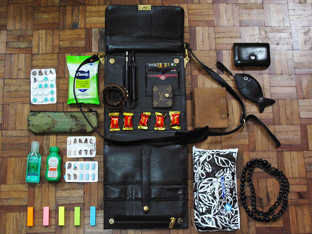 What's in My Bag 02