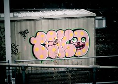 TEKO Blobby graffiti (Wooly Matt) Tags: london graffiti bottom noel euston crinkly mrblobby blobby edmonds teko