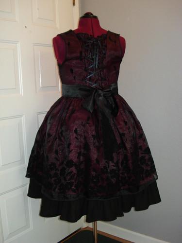 Maroon Gothic Lolita 02