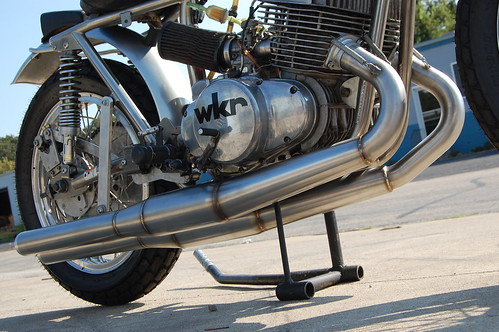 2 cylinder 2 stroke flat