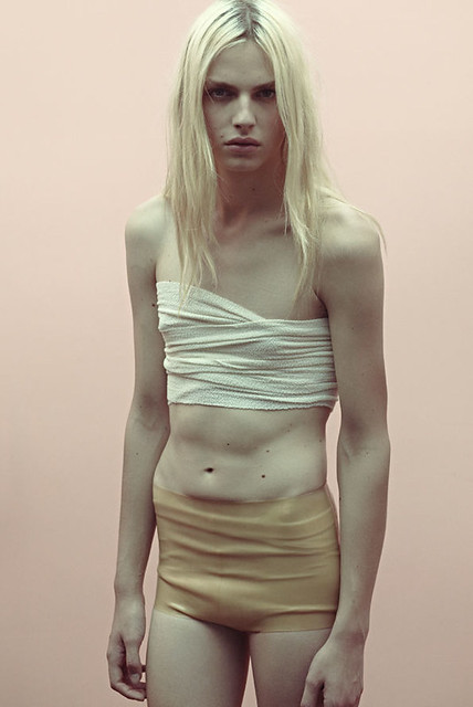Andrej Pejic0116_VOGUE HOMMES JAPAN Luis Venegas THE TIME OF MY LIFE