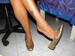 Preview new model Vale Trashed flats 2 (Balletflat's lover) Tags: ballet feet gold shoes bare flats dangle piedi oro nudi ballerine heelpop heelpopping