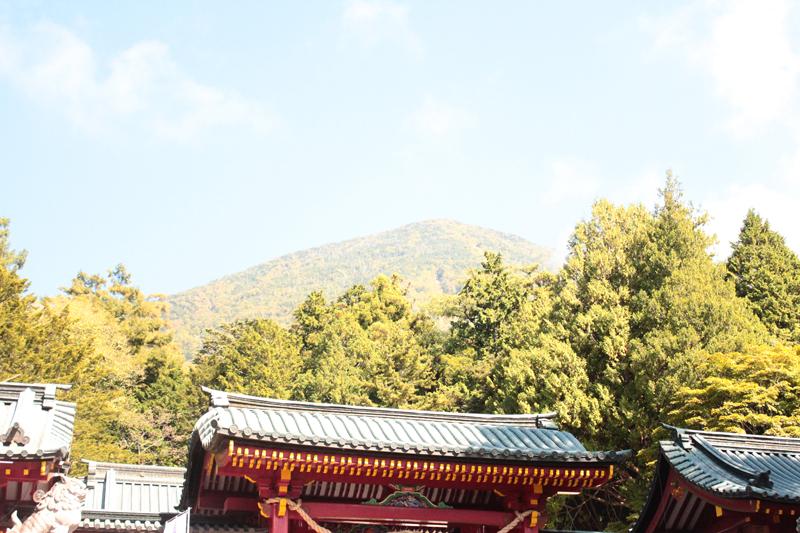 二荒山神社からの男体山