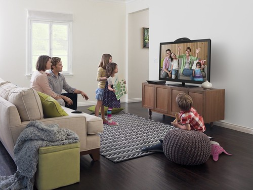 Cisco umi telepresence brings family and friends to your living room