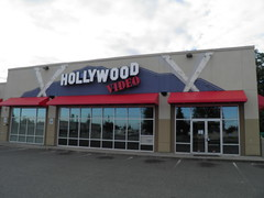 P9080481 (Andy E. Nystrom) Tags: dvd video stores videostore closedstores hollywoodvideo storeclosed