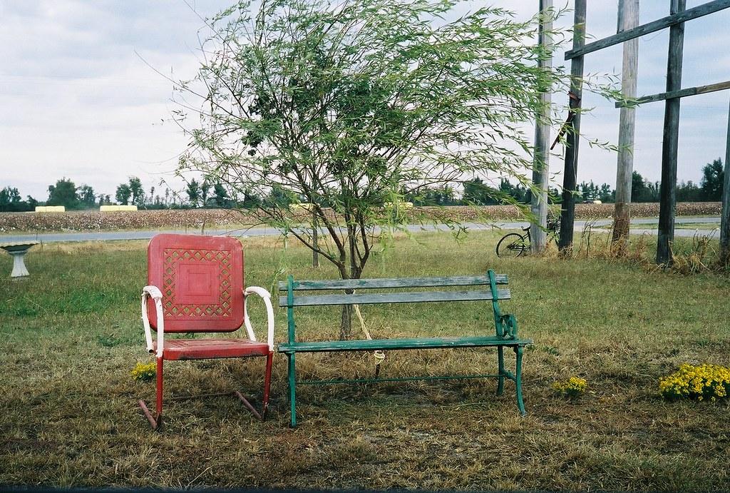 IMAGE: http://farm5.static.flickr.com/4128/5054266401_6f2e6f8492_b.jpg