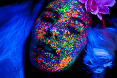 Light Me On 2 (Rekanyari) Tags: party art beauty fashion painting artistic blacklight trance sphongle rekanyari