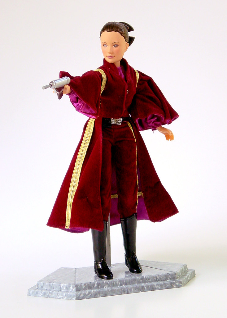 Episode 1 Padme Amidala doll