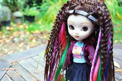 Hippy Chick  ( Sophia Vanille ) Tags: doll hippy groove pullip dreds assa junplanning
