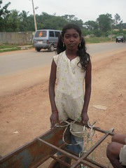 RIMG6546 (phil.gluck) Tags: poverty india children bangalore running slums kadugodi
