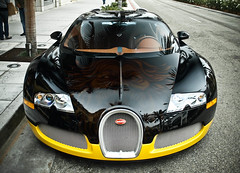 Bugatti Veyron (GHG Photography) Tags: black car yellow speed french italian power olympus 164 expensive bugatti coupe exclusive supercar eb sportscar w16 horsepower veyron topgear fastestcar hypercar e520 ghgphotography