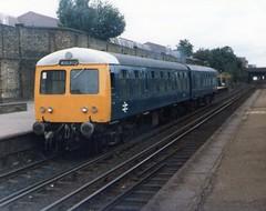 highbury & islington 54122 (brianhancock50) Tags: train railway britishrail dmu