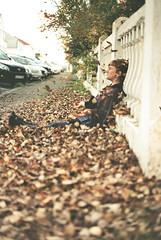 (jla ) Tags: autumn film 50mm pentax bokeh 101 leafs reykjavk mx vala f17 gamli vesturbr valavala