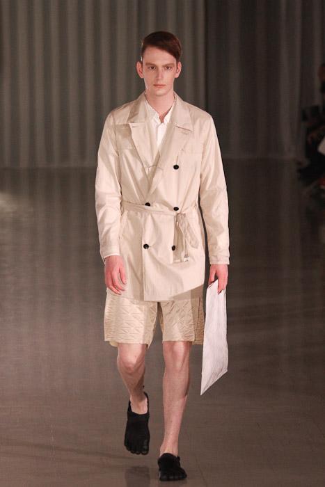 Vincent Hoogland3050_SS11_Tokyo_MOLFIC(Fashionsnap)