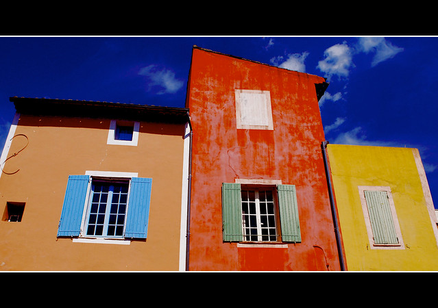 facade nikon provence ochre luberon roussillon façade ocre vaucluse 25faves d40x vanagram