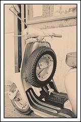 IMG_0761 - Ver 01-01-02-01-B (p) (Facebook profile: Luca Macchitella Ph) Tags: lambretta moto toscana grosseto pitigliano