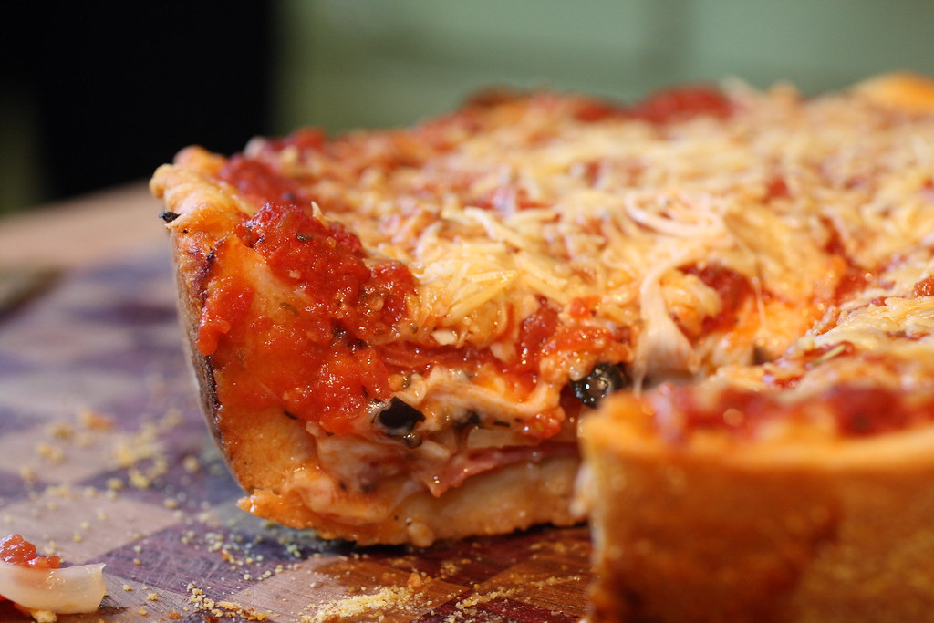 5145481535 3fda3bc109 b d The Deep Dish Pizza Of Our Dreams