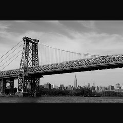 Manhattan Bridge with Empire State Building (whc7294) Tags: nyc bw usa newyork brooklyn dumbo manhattanbridge empirestatebuilding ニューヨーク 2470mmf28 eastrive ブルックリン イーストリバー superhearts ブルックリンブリッジ artistsoftheyear platinumheartaward nikond300 ダンボ 10mosaichalloffame 10goldsuperhearts 10gallerieshalloffame 10goldheartsearned