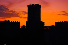 Tramonto Erice - Sunset (kikkedikikka) Tags: sunset colors clouds tramonto nuvole sicily 1001nights colori sicilia erice trapani bellitalia platinumheartaward rgspaesaggio rgscastelli rgsnatura rgsscorci 1001nightsmagiccity