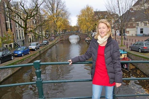 Malin vid en kanal i Amsterdam