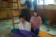大朝日小屋・大場直四郎さんと(高1、15歳)