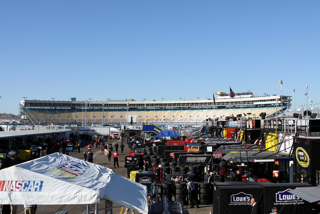 Phoenix International Raceway (PIR)