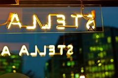 stella (Winfried Veil) Tags: leica stella light brussels window beer bar night facade typography 50mm iso800 dawn evening abend licht twilight dof nightshot belgium nacht bokeh fenster letters bruxelles rangefinder depthoffield bier summilux asph fassade 2010 nachtaufnahme belgien m9 buchstaben leuchtschrift golden1 leuchtreklame grun brussel messsucher dammerung importiertesschlagwort mobilew leicam9 winfriedveil scharfentiefe tiefenscharfe