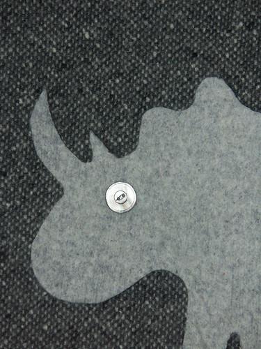 Sweater rhino