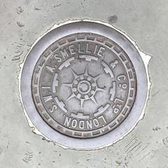 A. SMELLIE & CO LTD COALPLATE BELGRAVE ROAD PIMLICO (xxxxheyjoexxxx) Tags: coalplate coal plate iron shute vintage cover opercula plates coalplates lid lettering foundry london pimlico