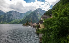 Hallstatt (08) (Vlado Ferenčić) Tags: hallstatt lakehallstättersee hallstattersee austria österreich vladoferencic citiestowns cities churches vladimirferencic nikond600 nikkor173528 mountains