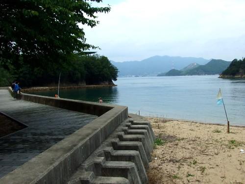 因島 モアイ とビーチ 画像3