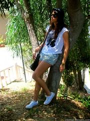 IMG_5445 (Chantalblog) Tags: fashion eclipse gorro converse looks estilo gafas urbano shorts camiseta allstar centrocomercial zara zapatillas vaqueros rotos ombliguera