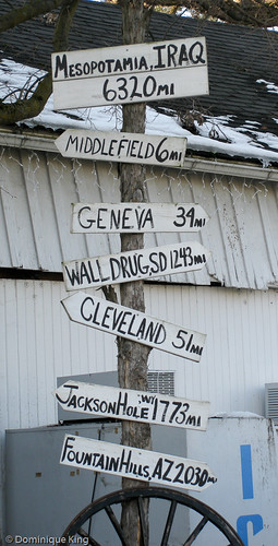 Mesopotamia Ohio directional sign-1